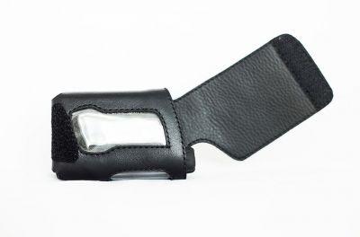 Чехол из кожи для помп AccuChek (Акку Чек) черный фактурный закрытый А1