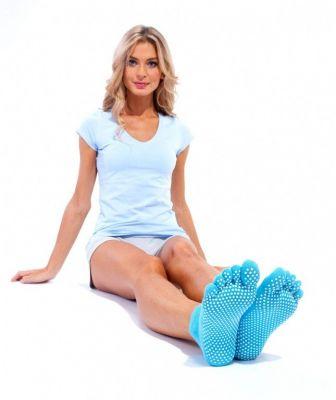 Носки противоскользящие для занятий йогой бирюзовые, закрытые